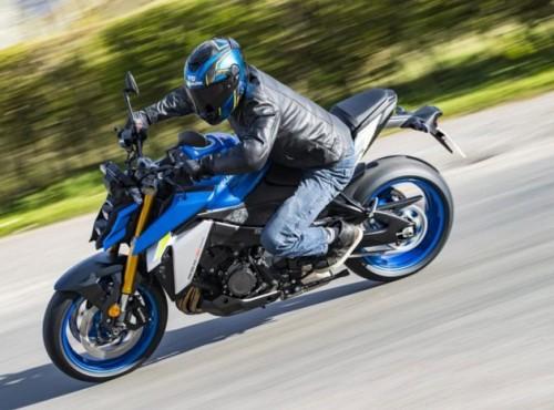 Suzuki szykuje nową wersjęGSX-S1000, która będzie motocyklem turystycznym