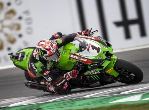 WSBK 2021: Jonathan Rea wygrywa kwalifikacje Superpole i sobotni wyścig World Superbike na TT Circuit Assen