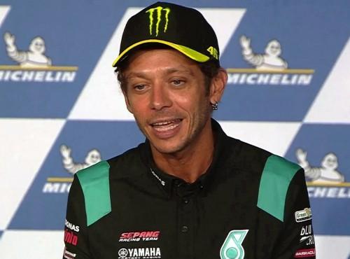 Koniec kariery Valentino Rossi. Teraz będzie się ścigał samochodami