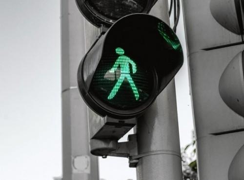 Poprawa bezpieczeństwa na drogach - 100 mln złotych w konkursie dla samorządów