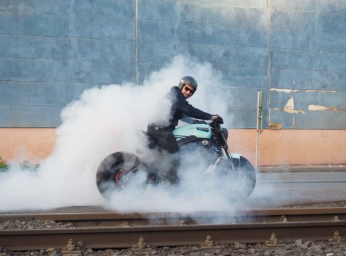 Customowy motocykl elektryczny LiveWire One - pierwszy taki projekt na świecie