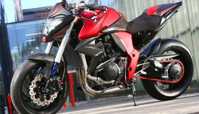 Honda CB 1000R XESS - uliczny wojownik z powołania