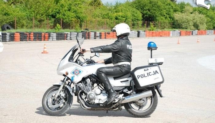 Uwaga polowanie na motocyklistów