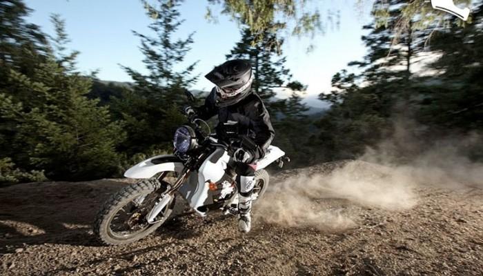 Zero DS elektryczny motocykl na ulicę i w lekki teren