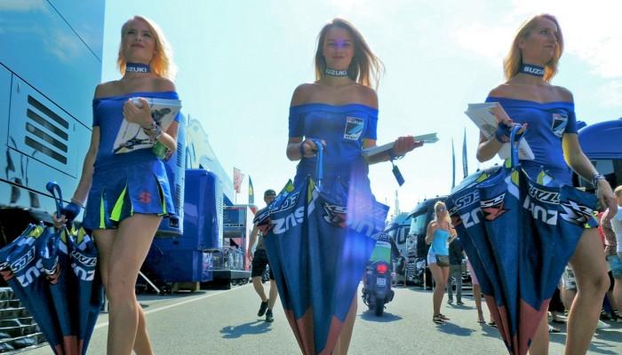 MotoGP Brno 2018 paddock girls 14 z