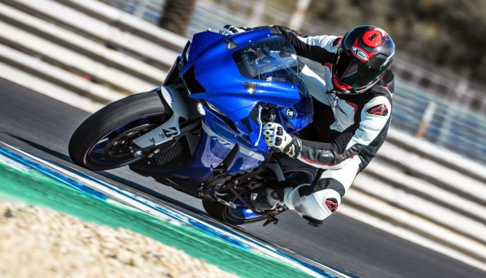 Nowa Yamaha R1 i R1M [TEST PREMIEROWY, VIDEO]