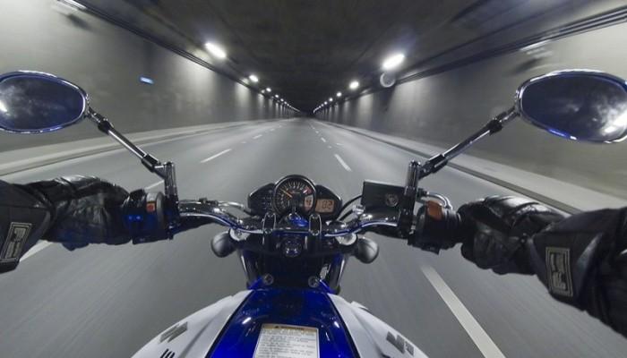 Ocena prędkości na motocyklu - niedoceniany fundament