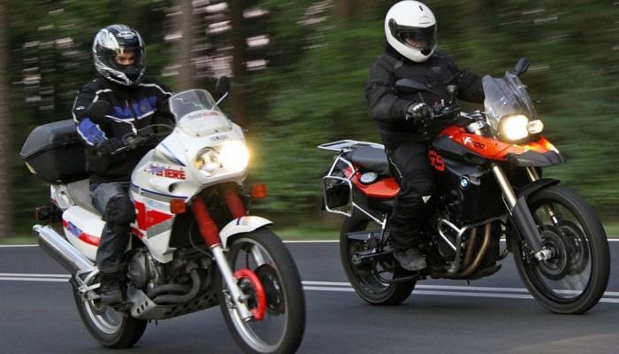 Ból pleców i kręgosłupa na motocyklu - przyczyny i co zrobić?