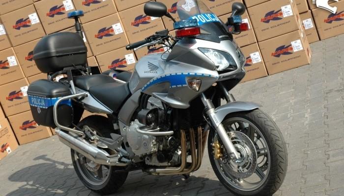 Motocykle policyjne - jak trafiają do służby?