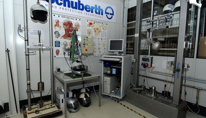 Schuberth - fabryka kasków motocyklowych od środka