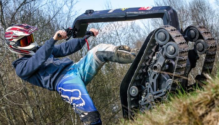 DTV Shredder - deskorolka na gąsienicach z motocyklowym silnikiem