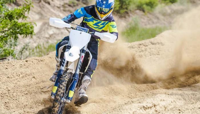 Husqvarna motocross 2017 - pod kontrolą
