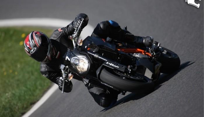 KTM Super Duke R - pocisk torowy