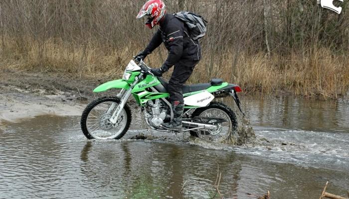 Kawasaki KLX250S 2009 - zielony eksplorator