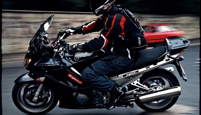 Yamaha FJR1300A - szybko i wygodnie