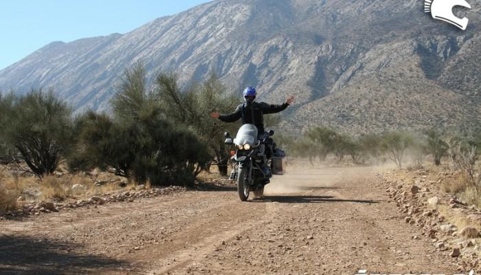 Motocyklem ze Szkocji do Nepalu - magiczne Persepolis