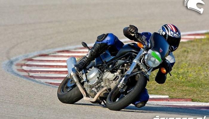 Ducati Monster 600 - kochaj albo rzuć