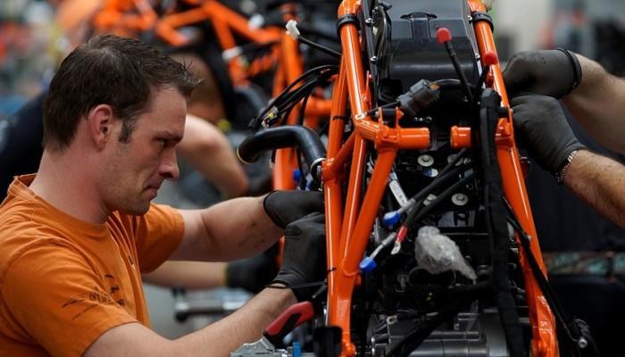 KTM notuje rekordowe obroty w 2015