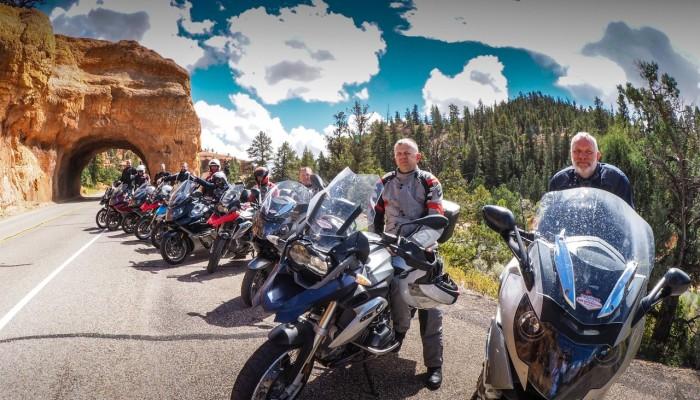 Motocyklami BMW po USA: Westernowe okolice z siodła motocykla