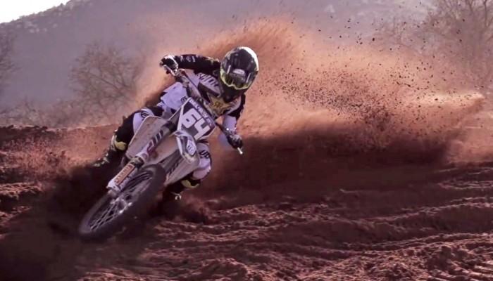 Poznajcie ekipę MX2 Rockstar Energy Husqvarna Factory Racing 2017