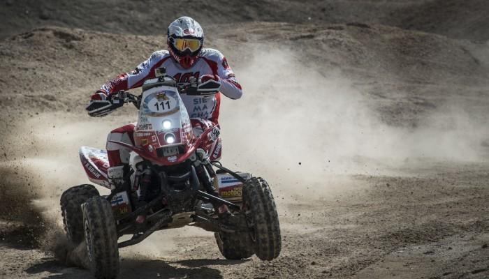 Abu Dhabi Desert Challenge: Sonik i Wiśniewski z niemal identycznym czasem