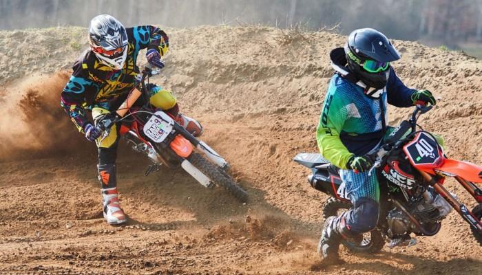 Młode gwiazdy motorsportu rywalizowały w Głażewie
