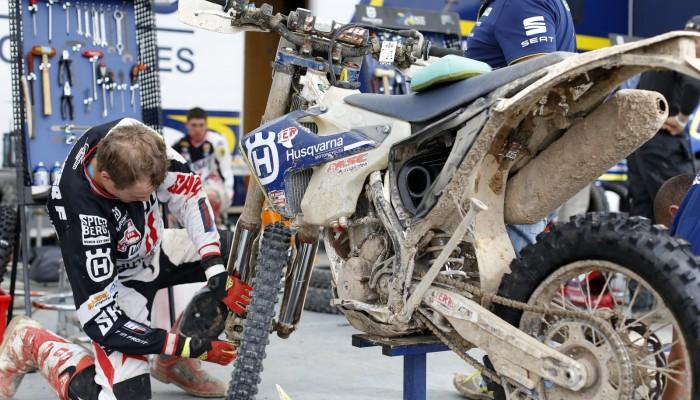 Weź udział w Sześciodniówce na motocyklu Husqvarna!