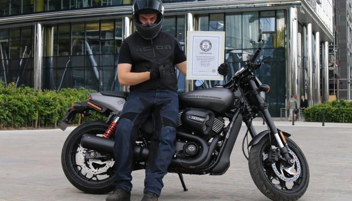 Maciej DOP na Harleyu wypalił Rekord Guinessa