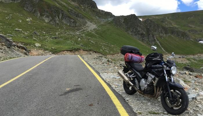 Suzuki Banditem do Rumunii - wyprawa za 900 zł