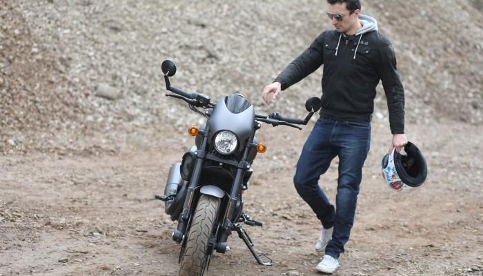 Kurtka motocyklowa Bull-it SR6 Carbon Hoodie - test długodystansowy