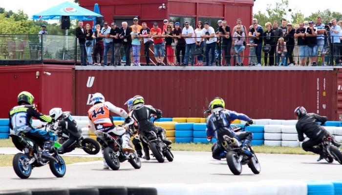 Jadą dalej! Zawodnicy Pit Bike spotkają się na IV rundzie supermoto