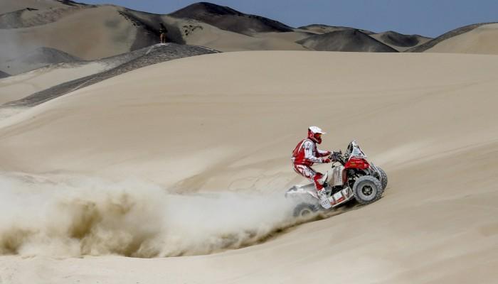 Walka w kopnym piasku, Sonik szukał mocy