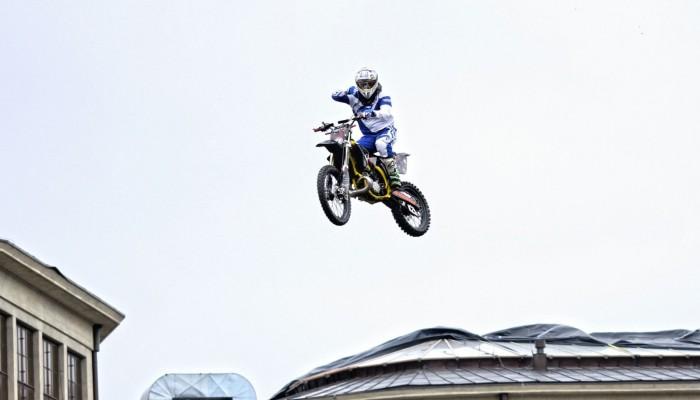 VIII targi motocyklowe Wrocław Motorcycle Show. Zobacz niesamowite pokazy Freestyle Motocross!
