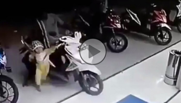 przegazowka skuter z