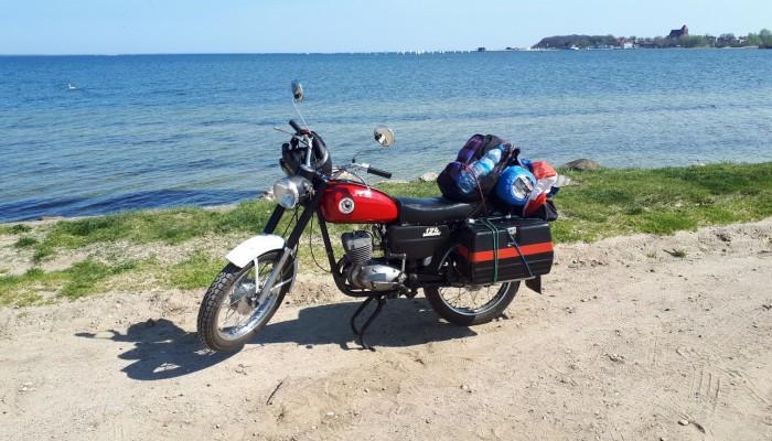 Road to Hel. Własnoręcznie odbudowaną WSK na Wybrzeże i Mazury