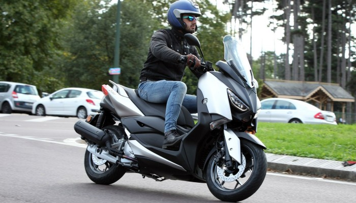 yamaha xmax 125 barry z