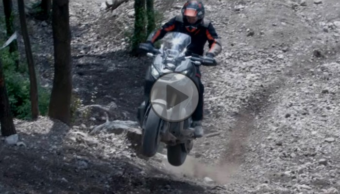 Skuterowe harce - Honda X-ADV w parku enduro [FILM]