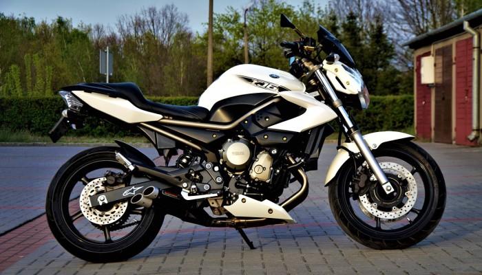 Yamaha XJ6N Custom 01 z