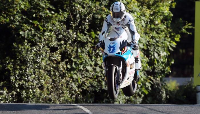 TT na wyspie Man - Michael Rutter ustanowił rekord w klasie motocykli elektrycznych