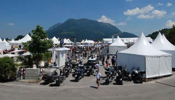 Widok na miasteczko BMW Motorrad Days z