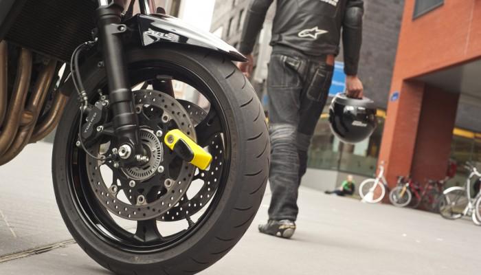 Jak zabezpieczyć motocykl przed kradzieżą. 5 (w miarę) skutecznych sposobów