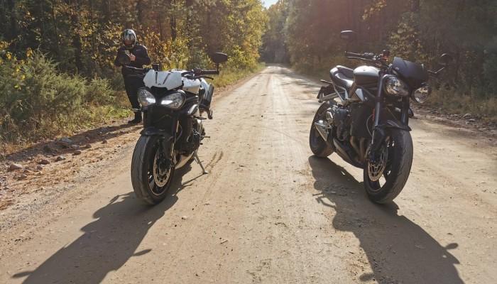 Jesienny atak ciepła, czyli Triumph Street Triple RS i Speed Triple RS na Podlasiu