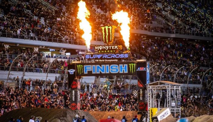 AMA Supercross: wyniki jubileuszowej rundy w Daytonie