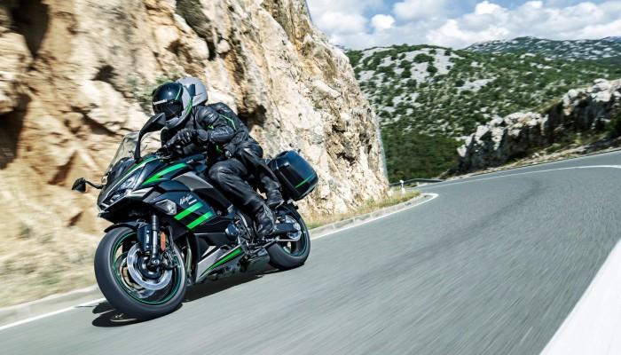 Kawasaki Ninja 1000SX 202010 z