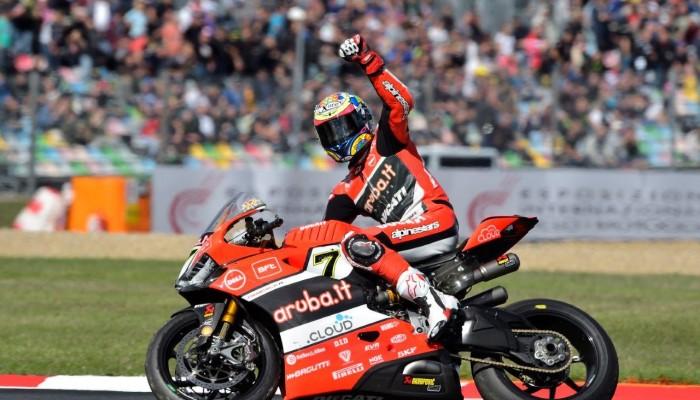 WSBK: Desant z MotoGP? Niepewna przyszłość Chaza Daviesa w Ducati