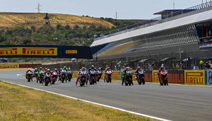 WSBK: dwa Ducati na szczycie podium w drugim wyścigu, Rea nalepszy w Superpole