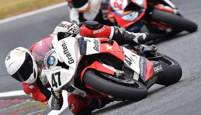 Ekipa Graften Motorsport na podiach po restarcie sezonu