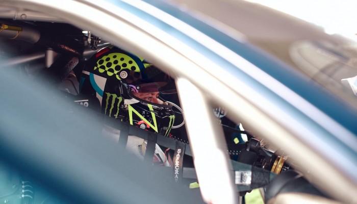 Valentino Rossi i Luca Marini wystartowali w Gulf 12 Hours
