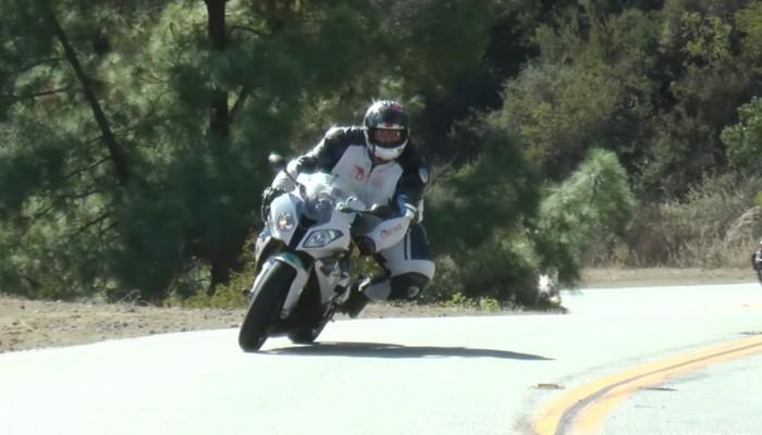Waga, a jazda na motocyklu. Zrzucił 25 kilogramów, jak to wpłynęło na czasy?
