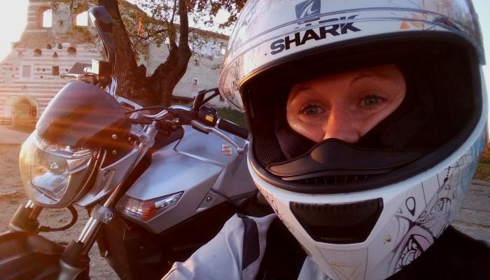 Łączy nas wspólna pasja - motocykle. Aleksandra Niziołek o swojej pasji i przygodach Urbex